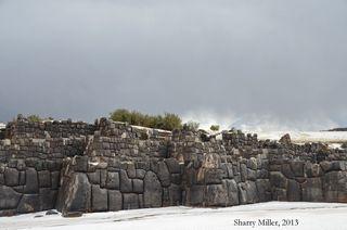 Zigzag-wall