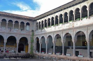 Arches-and-courtyard