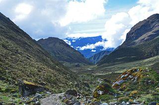 Wayra-Lodge-valley